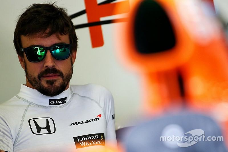 Alonso, en el laberinto de McLaren