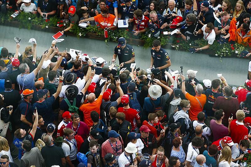 A hátára varratja Verstappen F1-es győzelmeit