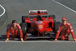 Irvine: Senna kusurlu bir sürücüydü, Schumacher en iyisi
