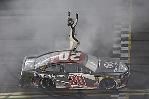 NASCAR Cup Race report Erik Jones emerges from wild Daytona race to earn first Cup win