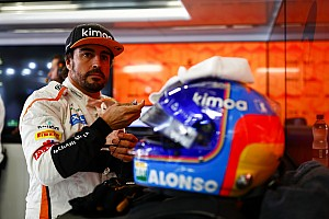 Alonso, Indy 500'de kullanacağı kaskı taraftarlarının seçmesini istiyor