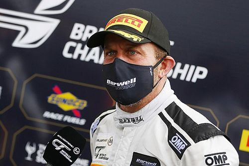 Collard unlikely to defend British GT title, joins RAM in GTWCE