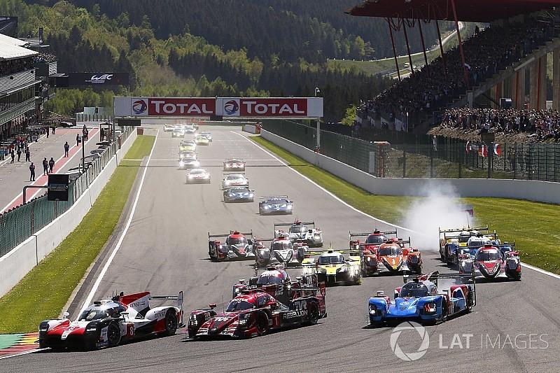 Alonso manda en las primeras tres horas en Spa