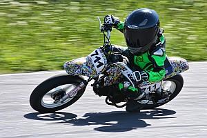 UASBK Важливі новини Тимур продовжує змагатися на дитячих мотоперегонах