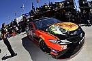 Truex lidera la primera práctica en Las Vegas
