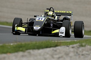 Евро Ф3 Отчет о гонке Норрис выиграл первую гонку Евро Ф3 в Зандфорте