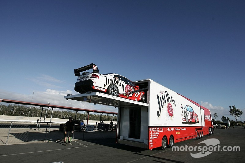 Penske to retire ageing Supercars transporter after 25 years