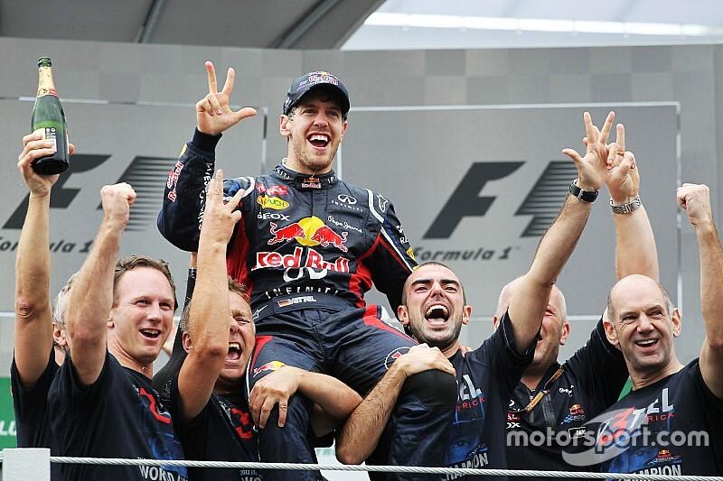 День в історії: АBBА і Ф1, Шумахер виграв у Макао, смерть Бернса, третій титул Феттеля