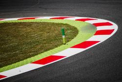 Randsteine am Circuit de Barcelona-Catalunya