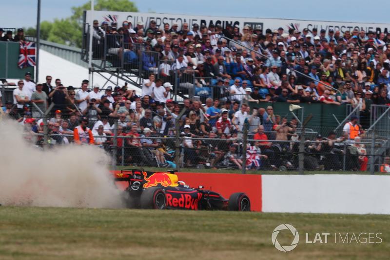 Ausritt: Daniel Ricciardo, Red Bull Racing RB13
