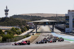Charles Leclerc, PREMA Powerteam leads Luca Ghiotto, RUSSIAN TIME and the rest of the field at the start of the race