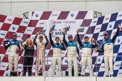 Podium Lmp2: winners #25 Algarve Pro Racing Ligier JSP2 Nissan: Andrea Roda, Aidan Read, Andrea Pizzitola, third place #24 Algarve Pro Racing Ligier JSP2 Judd: Michael Munemann, Tacksung Kim, Mark Patterson