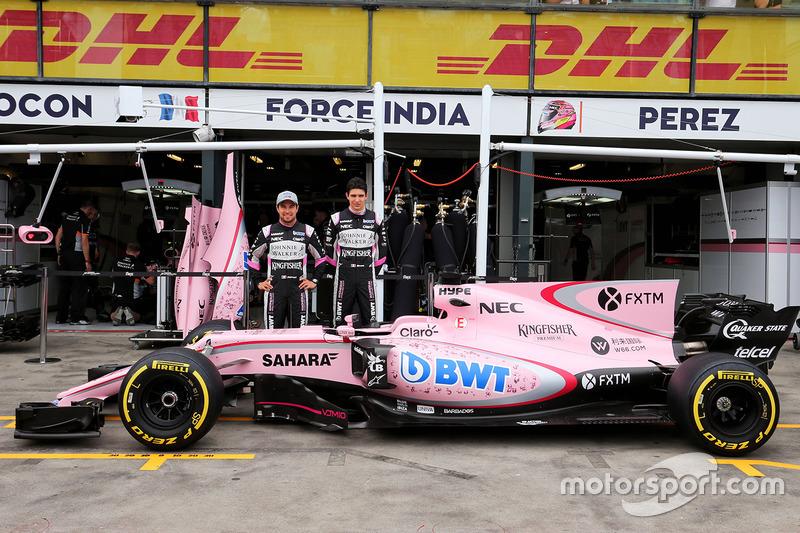 Para 2017, a equipe surpreendeu ao mudar de cores: deixou o prateado e alaranjado para trás e adotou uma pintura rosa, graças a um novo patrocinador.