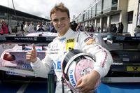 Polesitter Lucas Auer, Mercedes-AMG Team HWA, Mercedes-AMG C63 DTM