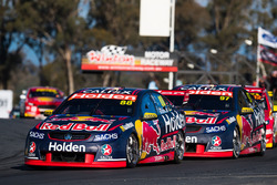 Jamie Whincup, Triple Eight Race Engineering Holden, Shane van Gisbergen, Triple Eight Race Engineering Holden