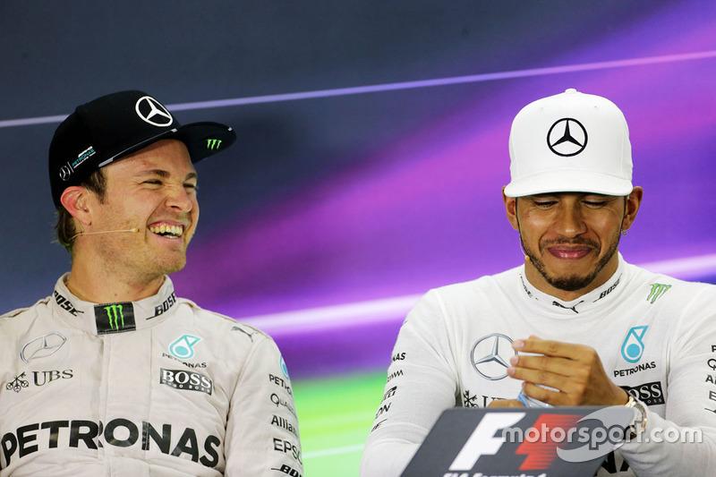 Nico Rosberg, de Mercedes AMG F1 en la Conferencia de prensa de la FIA con equipo compañero a Lewis Hamilton, Mercedes AMG F1