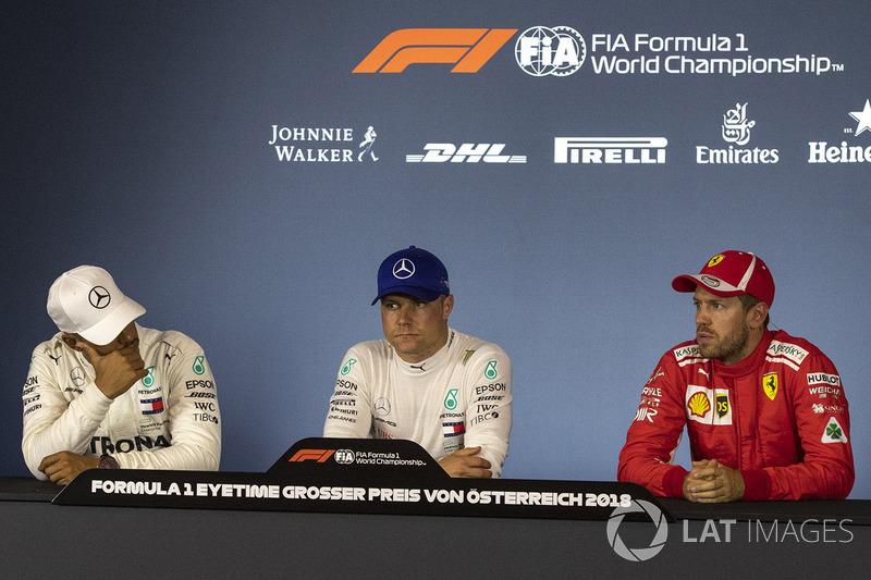 Lewis Hamilton, Mercedes-AMG F1, Valtteri Bottas, Mercedes-AMG F1 et Sebastian Vettel, Ferrari, en conférence de presse