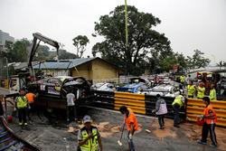 Il parco auto con le vetture incidentate a Macao