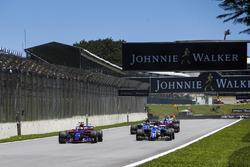 Pierre Gasly, Scuderia Toro Rosso STR12, Marcus Ericsson, Sauber C36, Pascal Wehrlein, Sauber C36, Brendon Hartley, Scuderia Toro Rosso STR12