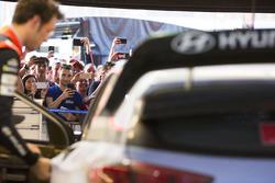 Thierry Neuville, Hyundai Motorsport y fans