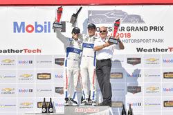 #67 Chip Ganassi Racing Ford GT, GTLM: Ryan Briscoe, Richard Westbrook celebra la victoria en el podio