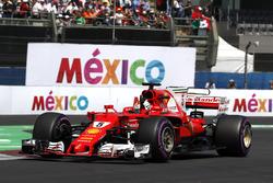 Pole sitter Sebastian Vettel, Ferrari SF70H celebrates and waves to the fans