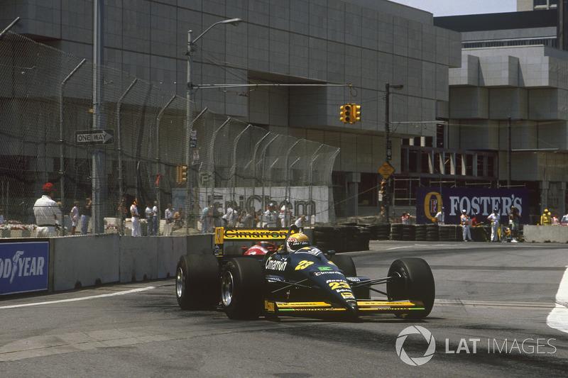 """3. <img src=""""https://cdn-8.motorsport.com/static/img/cfp/0/0/0/100/108/s3/italy-2.jpg"""" alt="""""""" width=""""20"""" height=""""12"""" />Pierluigi Martini, 118 Granes Premios (1984-1985, 1988-1995), el mejor resultado es el 4° lugar en (San Marino 1991 y Portugal 1991)."""
