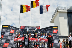 Podio: i vincitori della gara #1 Belgian Audi Club Team WRT Audi R8 LMS: Alex Riberas, Christopher Mies, al secondo posto #2 Belgian Audi Club Team WRT Audi R8 LMS: Will Stevens, Dries Vanthoor, al terzo posto #25 Sainteloc Racing Audi R8 LMS: Simon Gachet, Christopher Haase