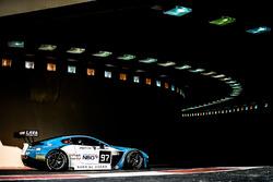 #97 Oman Racing Aston Martin Vantage GT3: Ахмад Аль-Харти, Том Джексон, Эан Маккэй