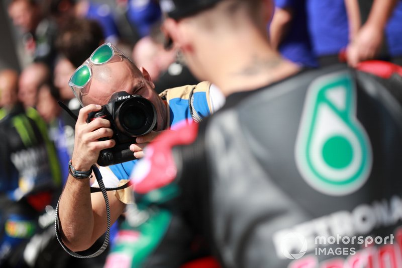 Photographer and Fabio Quartararo, Petronas Yamaha SRT