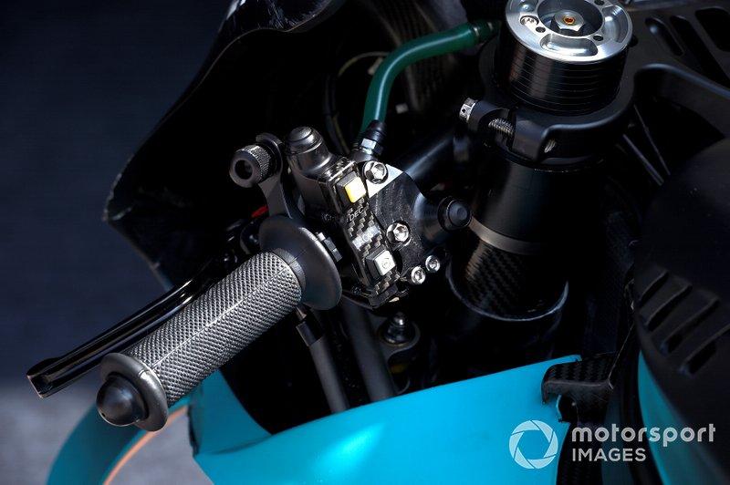 Cambios de la Petronas Yamaha SRT