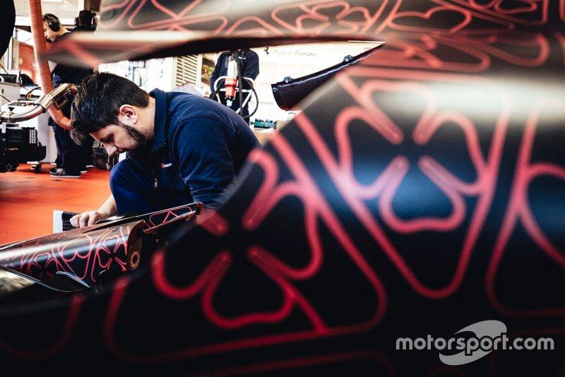 Un membre d'Alfa Romeo Racing