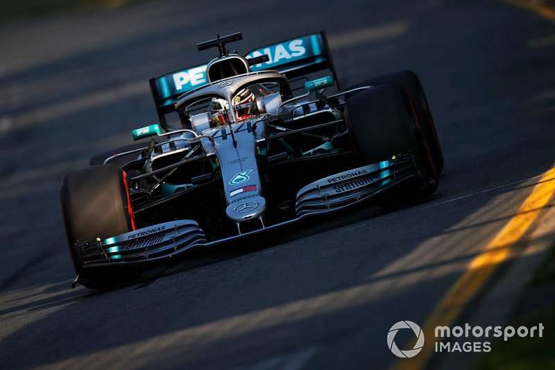1. Льюіс Хемілтон, Mercedes AMG F1 W10, 1.20,486