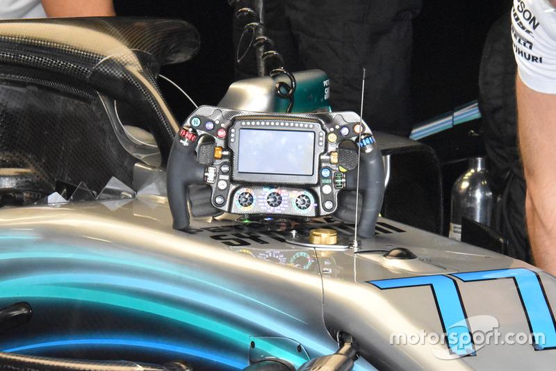Volante del Mercedes AMG F1