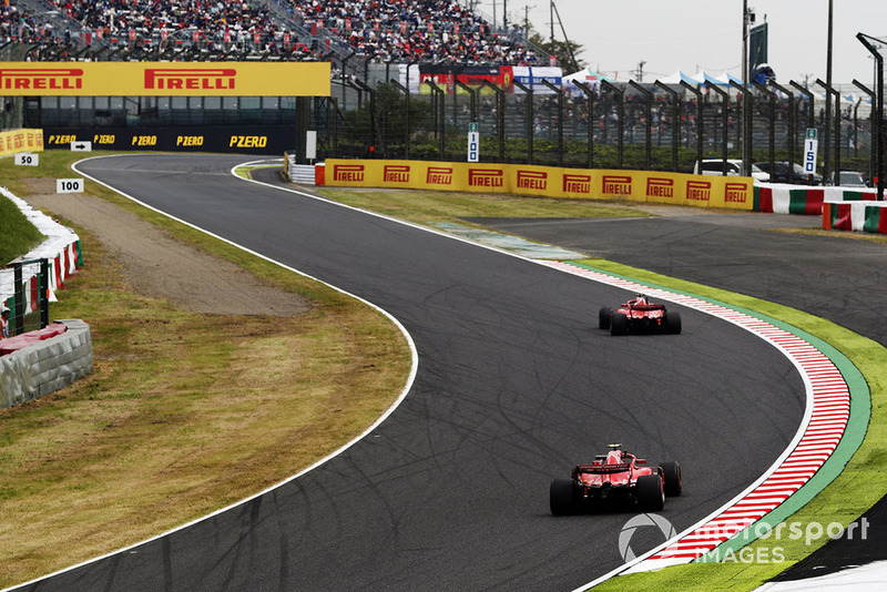 Sebastian Vettel, Ferrari SF71H, Kimi Raikkonen, Ferrari SF71H