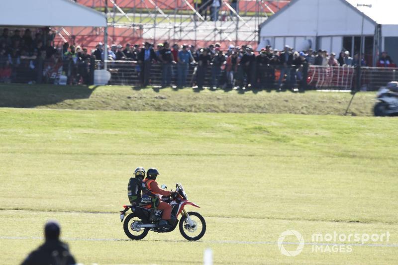 Johann Zarco, Monster Yamaha Tech 3, después de la caída