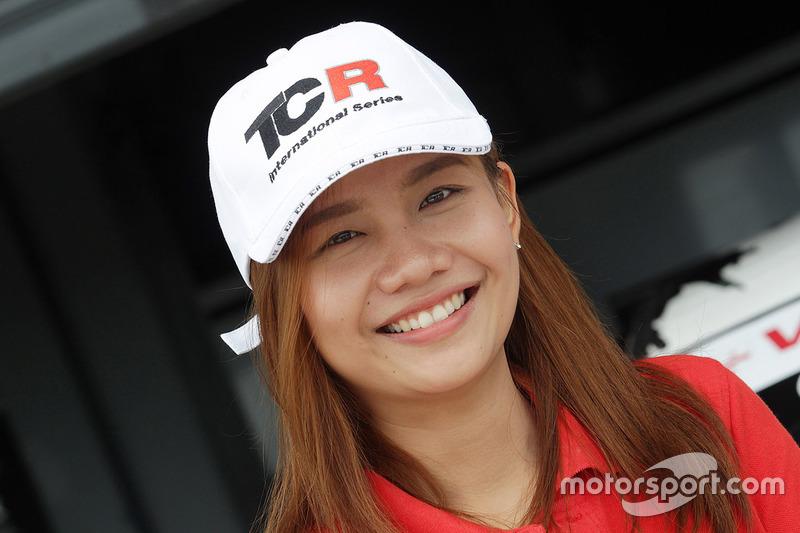 Lovely TCR girl