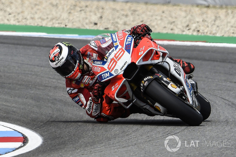 Jorge Lorenzo, Ducati Team with new fairing