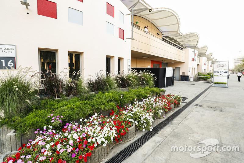 Fahrerlager am Bahrain International Circuit