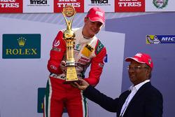 Победитель гонки Мик Шумахер