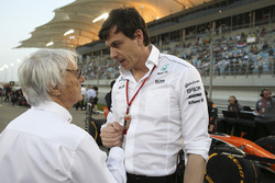 Bernie Ecclestone, Chairman Emiritus of Formula 1, Toto Wolff, Executive Director Mercedes