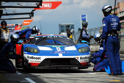 #67 Ford Chip Ganassi Racing Ford GT: Andy Priaulx, Harry Tincknell