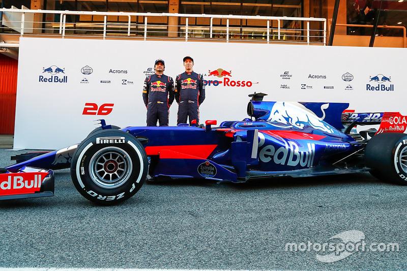 Карлос Сайнс, Даниил Квят, Toro Rosso