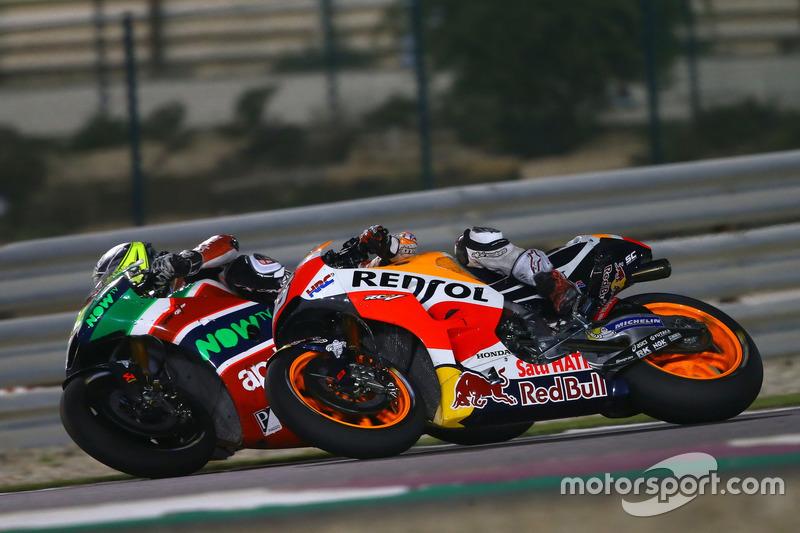 Aleix Espargaro, Aprilia Racing Team Gresini; Marc Márquez, Repsol Honda Team