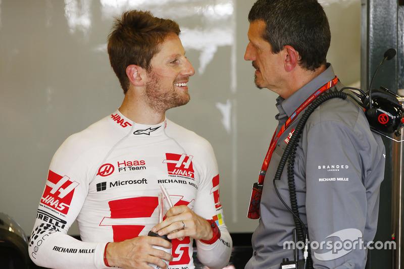 Romain Grosjean, Haas F1 Team, mit Teamchef Günther Steiner