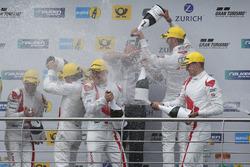 Podyum: #29 Audi Sport Team Land-Motorsport, Audi R8 LMS: Christopher Mies, Connor De Phillippi, Markus Winkelhock, Kelvin van der Linde