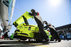 №911 Manthey Racing, Porsche 911 GT3 R: Ромен Дюма, Рихард Лиц, Патрик Пиле, Фред Маковецки