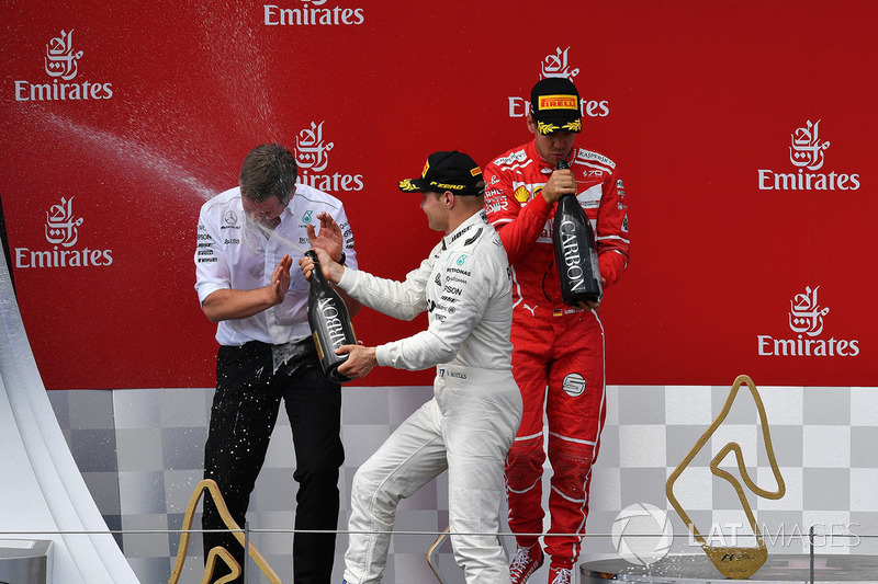 Podium: race winner Valtteri Bottas, Mercedes AMG F1 celebrates on the podium, second place Sebastian Vettel, Ferrari