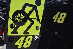Boxentafel für Jimmie Johnson, Hendrick Motorsports, Chevrolet