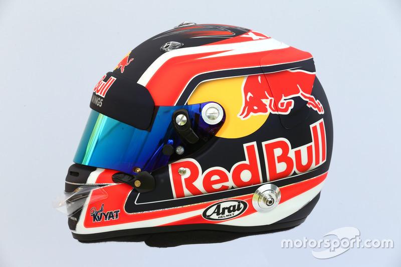 Casco de Daniil Kvyat, Scuderia Toro Rosso STR12
